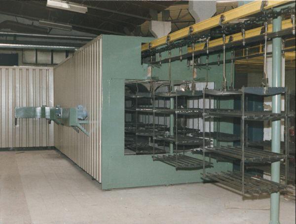 Industrial enameling furnace
