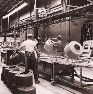 Manual enamel dipping of washing machine drums